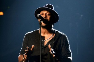 070112-shows-beta-rehearsals-closed-dangelo-1